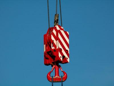 Entenda a utilização de ganchos longos e curtos na indústria