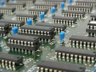 Veja melhor sobre alguns dos componentes eletrônicos industriais