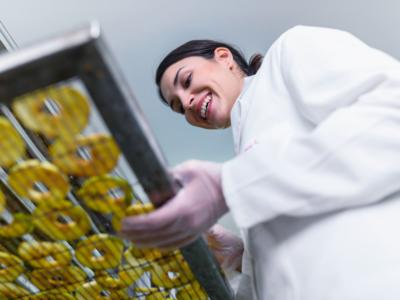 Indústria alimentícia e seus equipamentos relevantes